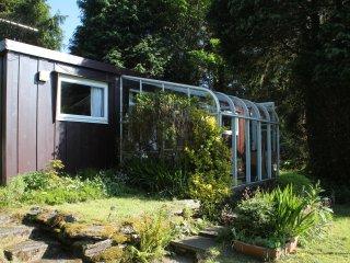 St Cadfan's Lodge, 33 Plas Panteidal, Aberdovey