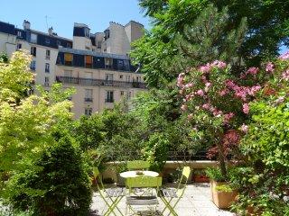 Apartment on Large Terrace, Parijs