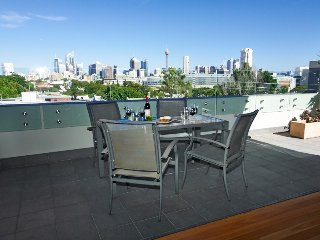 Executive Penthouse Living, Edgecliff