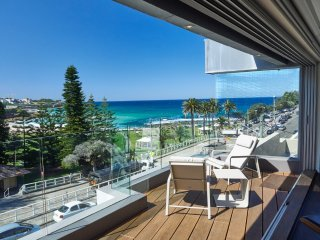 Beachside  Penthouse, Bronte