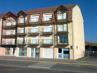 T3 bord de mer-7 couchages-parking privé, Camiers