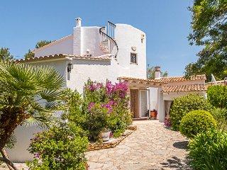 Fantastic villa with pool, sea and mountain views, Colonia de Sant Pere