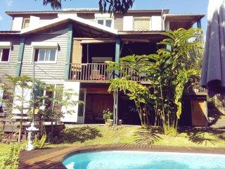Loue villa bois de charme, Saint-Pierre