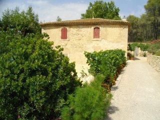 Habitation Provençale, 8km de  Salon de Provence, La Barben