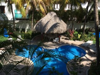 CENTRIC; EQUIPPED; INTERNET; YOUR BEST CHOICE! RIN, Playa del Carmen