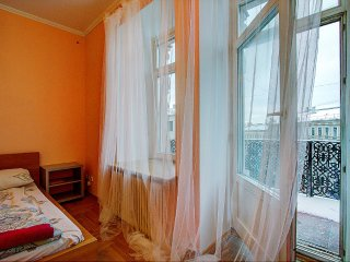 Studio with a balcony on Nevsky prospect (126)