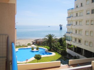 Charming Apartment on the Beach 110, Marbella