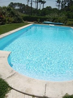 Calm villa with pool in Sintra. 2km from beach