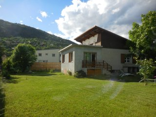 Chalet Briançon verser 8/9 pers ou 6 ou 4 pers, Briancon