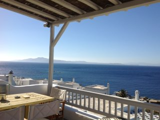 Sea-view house at Ag.Sostis Tinos