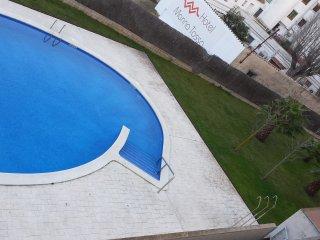 Puerto Rico B, Apartamento con piscina 6 personas