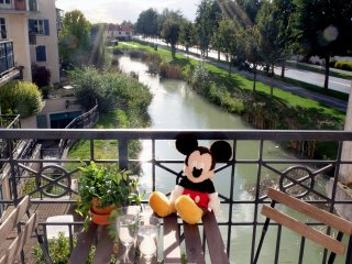 Kids-friendly 2 Bedrooms Apartment, 5 min Disney
