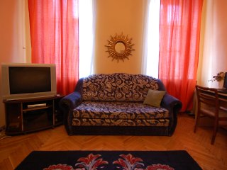 Spacious 2 bedrooms, 3 rooms, wifi, max 8 persons., St. Petersburg