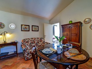 Charming apartment ideal for couple, Siena