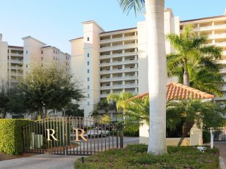 Pascoli Waterfront Condo at the Regatta, Naples