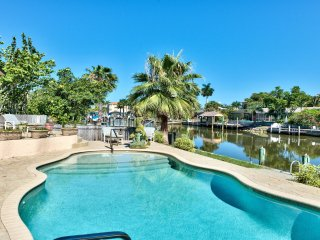 Sirena Waterfront Vacation Rental