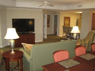 Royale Palms Tower 2 Br 2 Ba Condo, Myrtle Beach