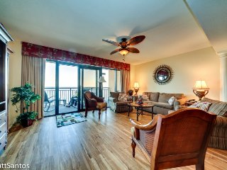 Gorgeous 3 BR 3 BA Direct Oceanfront Unit at the Island. Brand New Floors!, North Myrtle Beach