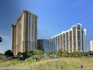 Oceanview 2 Bedroom Condo at Royal Palms with 6 Passes per Day to Hotel Pool, Myrtle Beach