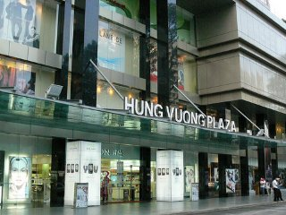 Hung Vuong Plaza Apartment 3Bdr. District 5