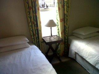 2 Bedroom Apartment Bellville, Cape Town, Sleeps 4