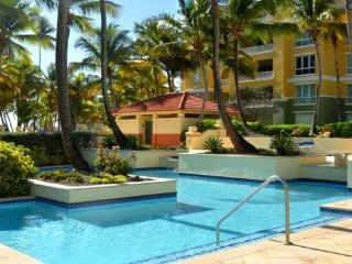 Modern 2 Bedroom Condo At Marbella Club, Palmas Del Mar, Humacao