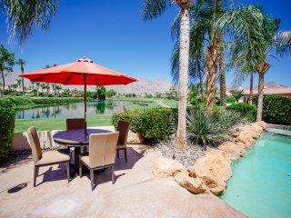La Quinta Fairways Beautiful Golf Course Home