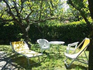 CASA LUCIA: natura e relax a due passi dal lago