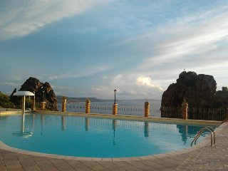 Holiday rental Casa Rosa, sea view,  pool,sardinia
