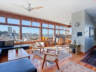 Splendid Telegraph Hill 3 Bedroom Penthouse, San Francisco