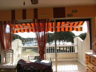 studio cabine, Port Camargue