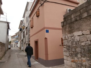 House Romanica