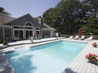 10 Minutes to Ocean Beaches. Poolside, East Hampton