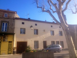 Beautiful Azille Village Town House