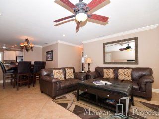 Morgan Properties - Crystal Sands Villa 6-Renovated 3 Bed/2 Bath Close to Beach!