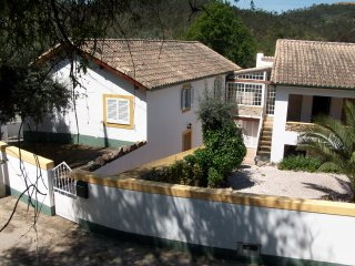 Farmhouse on Rio Ceira (3 bed), Lousa