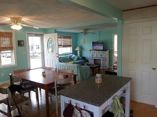 Warm Relaxing Home for Rent in Onset-dog friendly, Buzzards Bay
