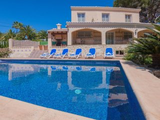 Villa with beach,barbecue Mora, Moraira