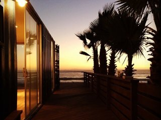 SURF SHIPPING CONTAINER HOME
