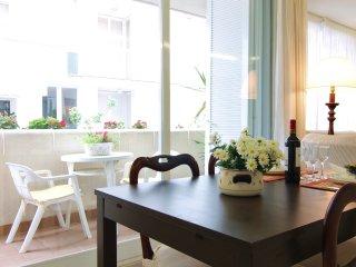 AMAPOLA:Elegancia y confort en el centro de Sitges