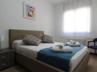 CONFORT : Con 4 habitaciones,  HUTB-010825, Barcelona