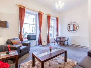 City Centre Flat off the Royal Mile