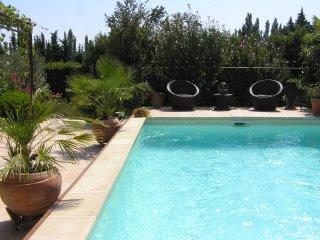 villa Vanesse et attaché appartement studio, Sarrians