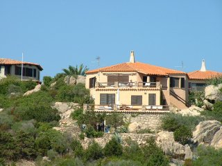 Villa just in front of the sea
