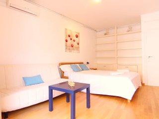 GRAN PLAZA : atico-duplex de 6 habitaciones, Sitges