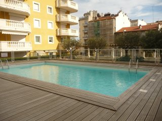 Location Studio au calme Nice, Piscine, 50m mer