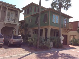 Rosemary Beach Home  4 BR Private Pool sleeps 10