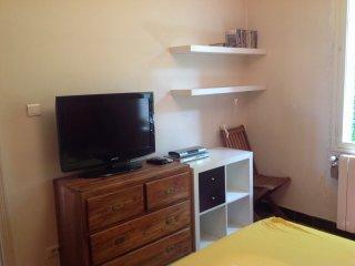 Joli appartement de 50m2 avec terrasse de 9m2 wifi, Aviñón