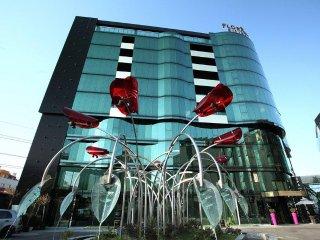 Emirates Apart Residence - Dubai Apartment, Sofia