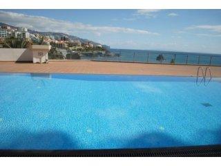 Funchal-Lido 50 meters to the ocean